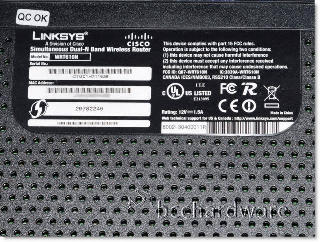 Linksys WRT610N Dual Band 802 11n Gigabit Router - Closer