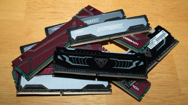 Pile of DDR4