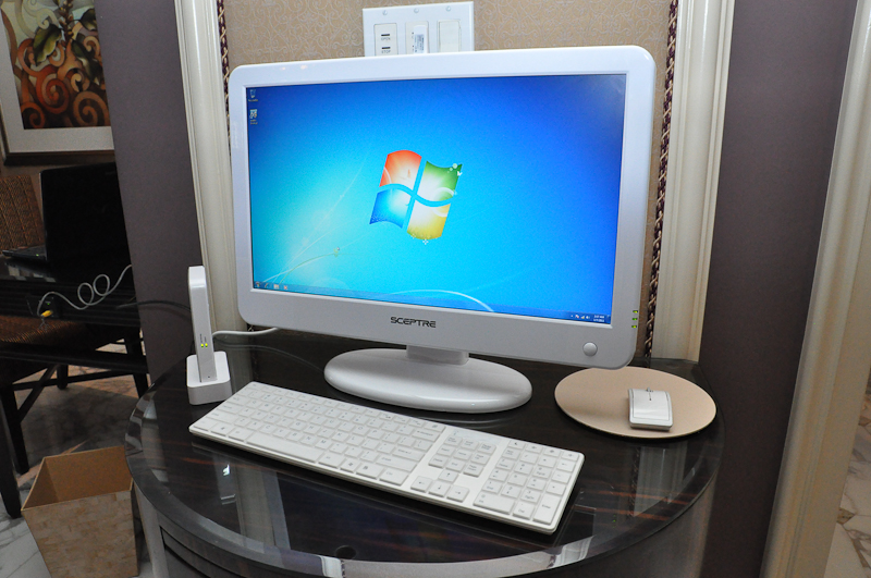 Scepter All-in-One PC